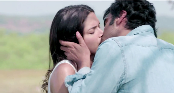 finding fanny kiss