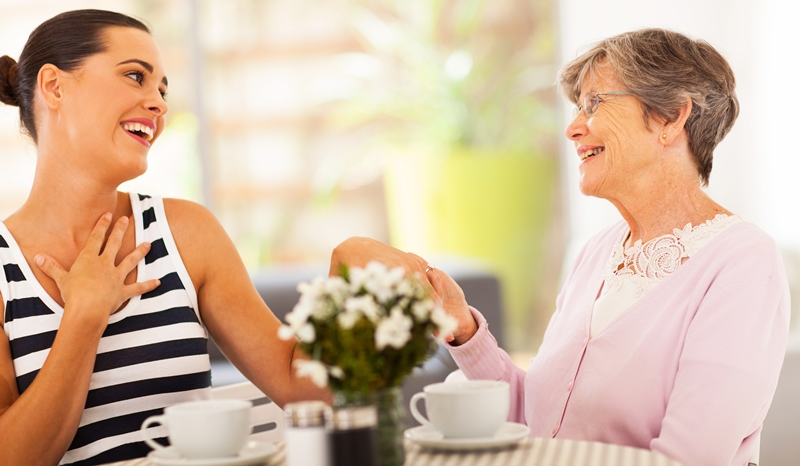 mother-in-law and daughter-in-law having coffee together_New_Love_Times