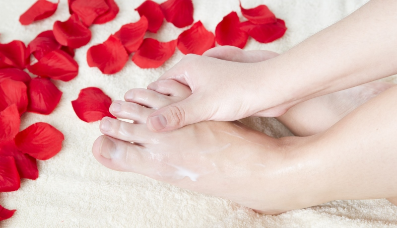 woman moisturizing feet_New_Love_Times