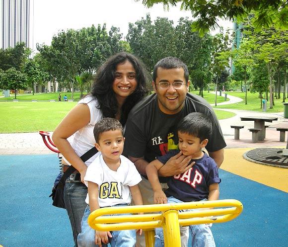 chetan bhagat family