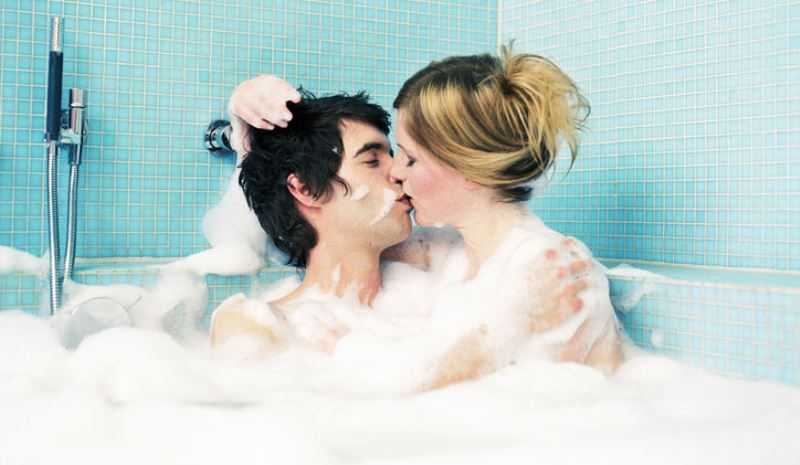 couple in a bathtub_New_Love_Times