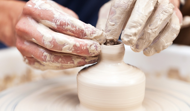 pottery making_New_Love_Times