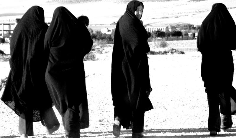 women in burqa