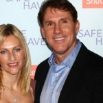 Best-selling romance author Nicholas Sparks separates from his wife of 25 years
