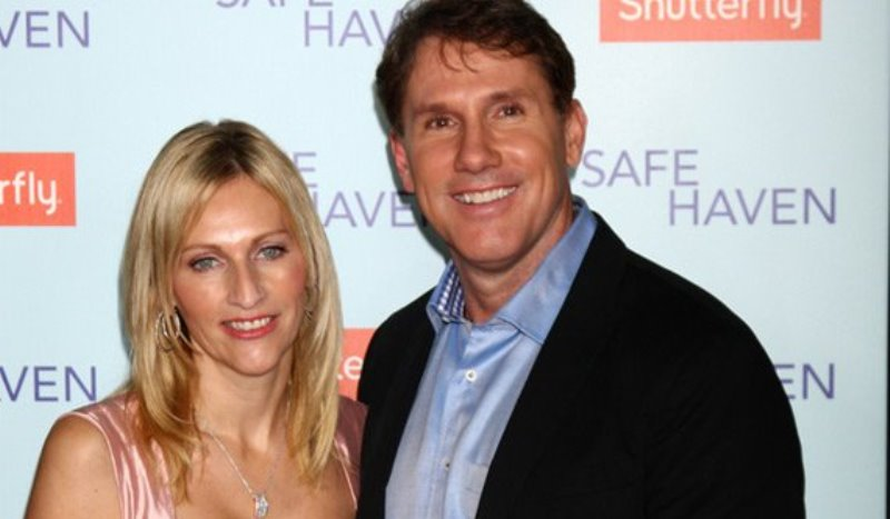 Nicholas Sparks Separates From Wife After 25 Years | New Love Times: www.newlovetimes.com/nicholas-sparks-cathy-marriage-divorce-separation