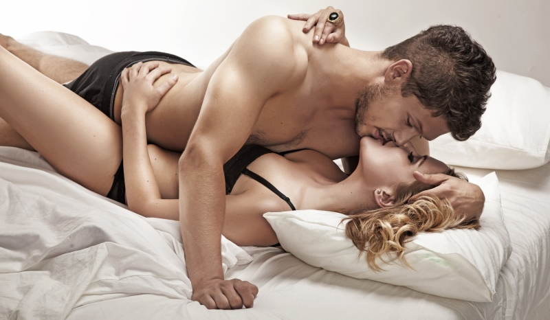 couple in bed (10)_New_Love_Times