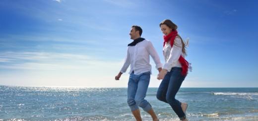 couple on honeymoon (4)