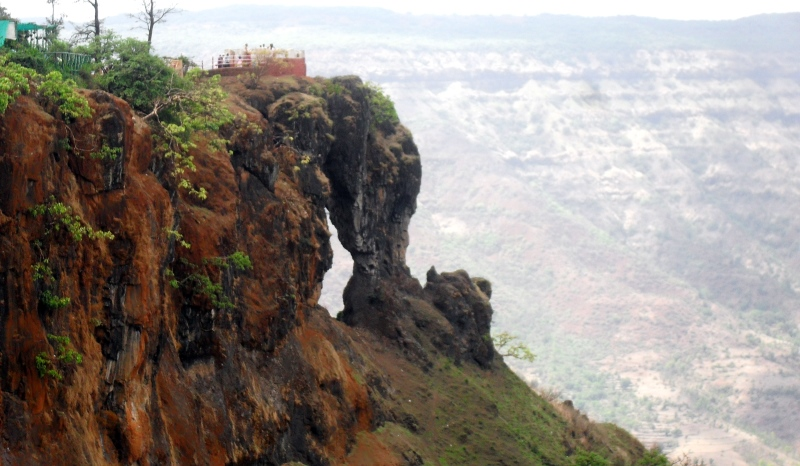 needle hole point, mahabaleshwar