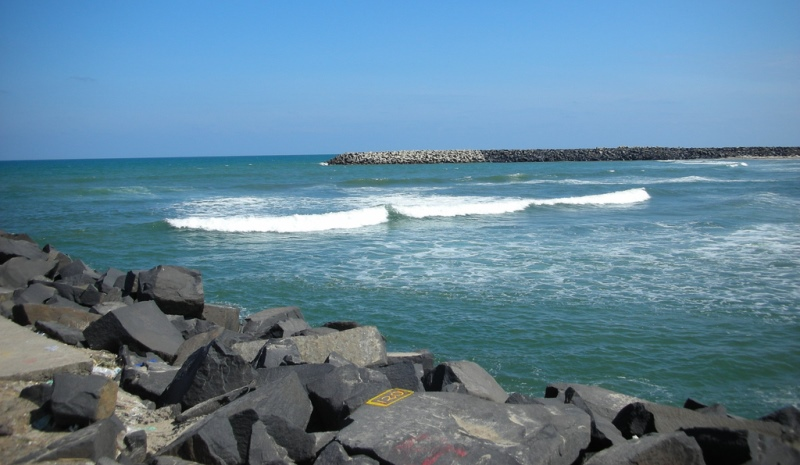 pondicherry beach, pondicherry