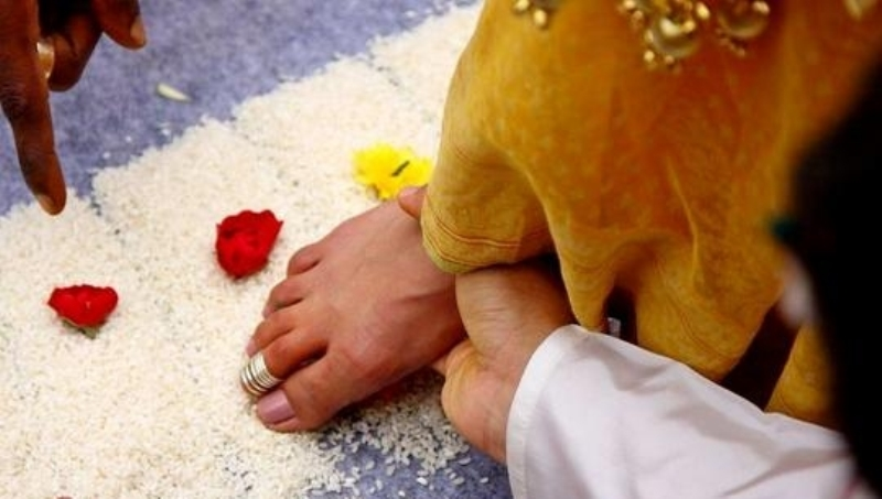 Kannada wedding rituals traditions meaning importance new love saptapadi stopboris Gallery