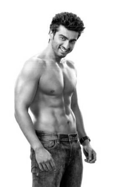 arjun kapoor with washboard abs
