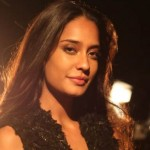 Lisa Haydon gives it back with interest to Kamaal R Khan's inappropriate tweet