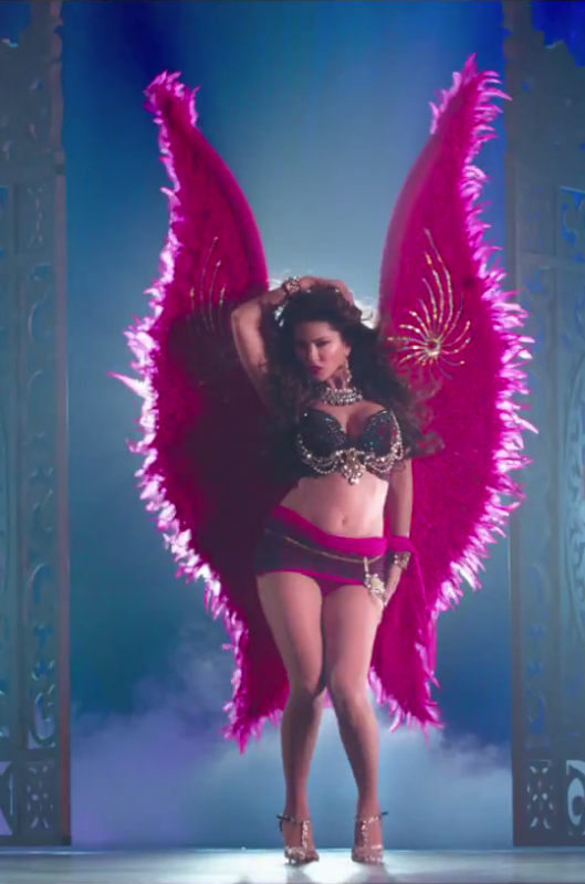 sunny leone sporting the victoria secret's angels-inspired outfit