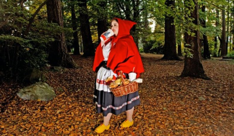 little red riding hood who is more plump than she is little