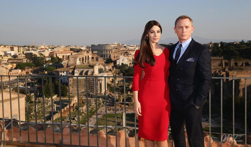 monica bellucci and daniel craig in rome