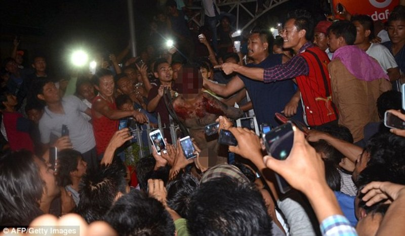 the accused being beated on the streets of dimapur, nagaland