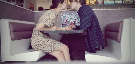 couple at a cafe_New_Love_Times