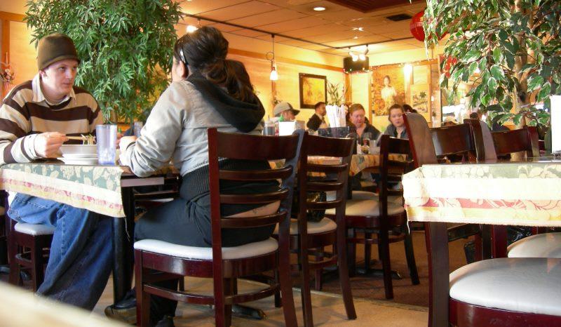 couple dans un cafe2