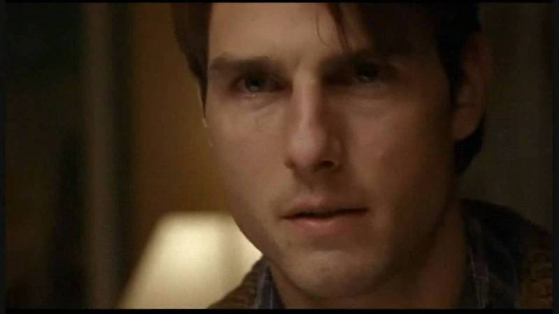 Tom Crusie in and as Jerry Maguire