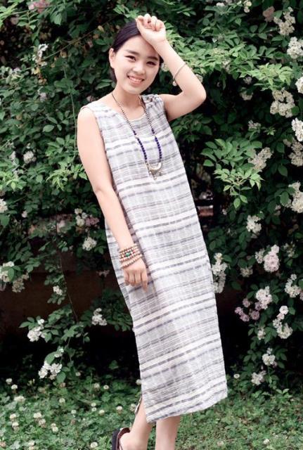 woman wearing a linen sundress
