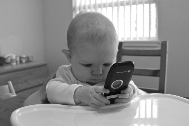 Baby-on-the-phone