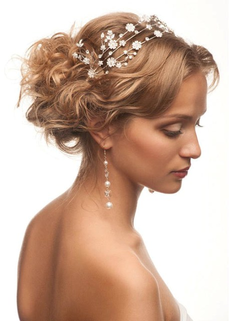 Wedding-Updos-Hairstyles-For-Oily hair