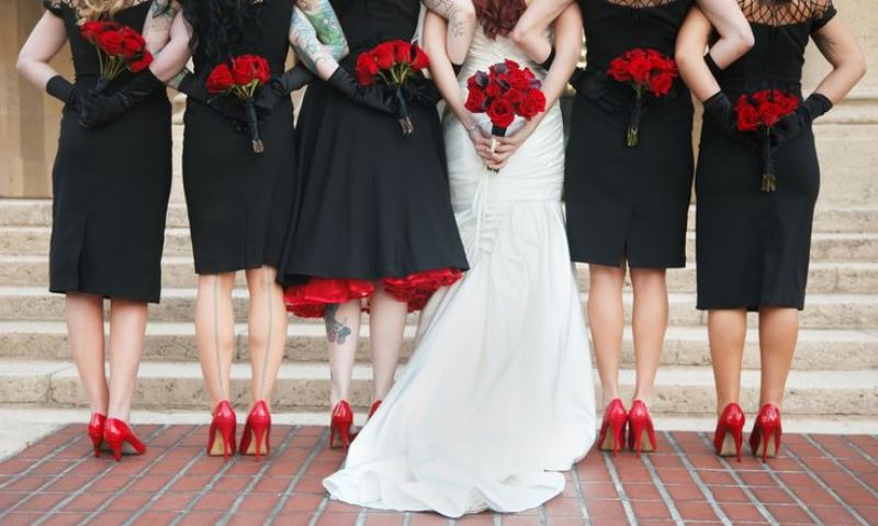 Can You Wear A Black Dress To A Wedding | New Love Times