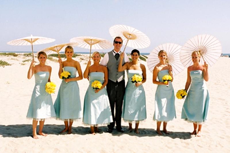 bridesmaids parasols