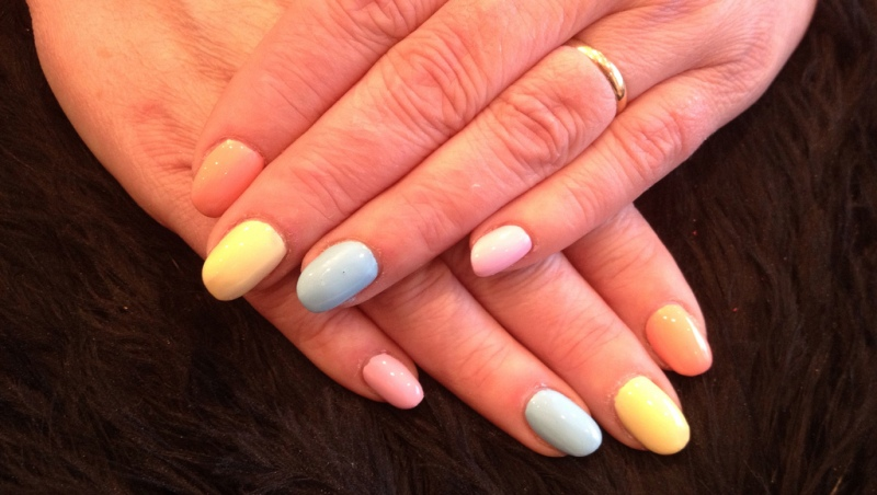 color blocking pastels on french manicure
