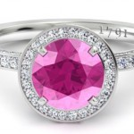 10 Essential Things To Know Before Buying An Engagement Ring