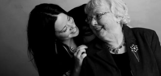 grandma and granddaughter (3)
