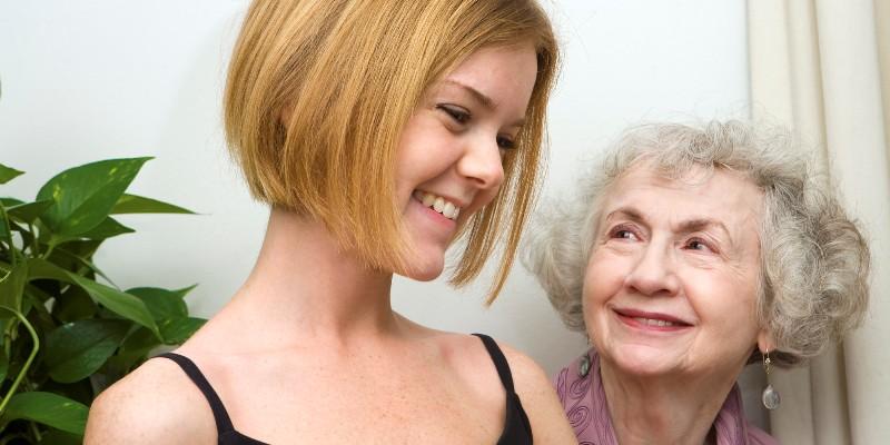 grandma and granddaughter1