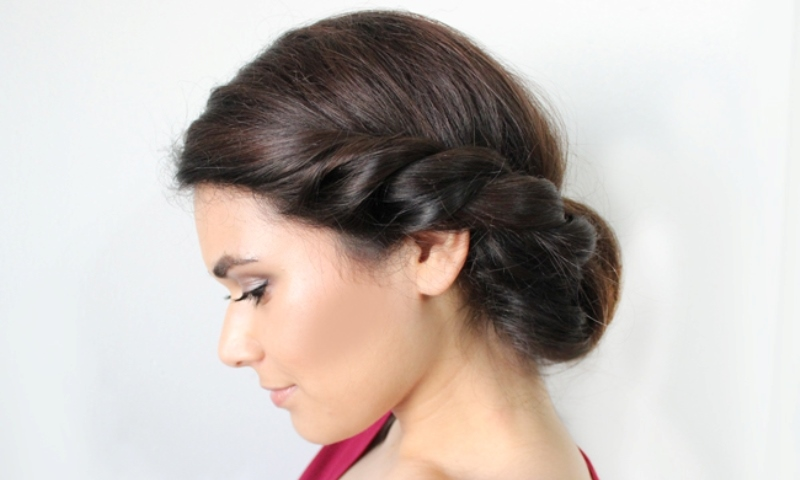 low roll updo side