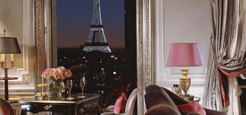 Eiffel Suite Classic, Hotel Plaza Athenee, Paris, France