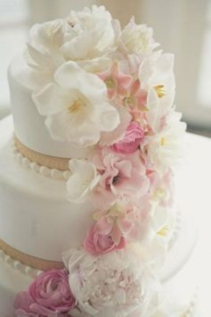 wedding cake with flowers