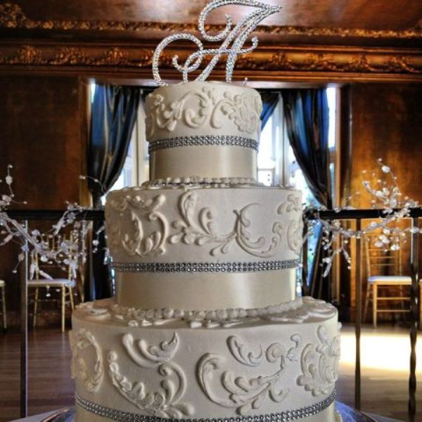 glitz wedding cake