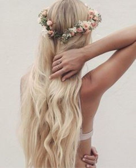 wavy hairstyle floral