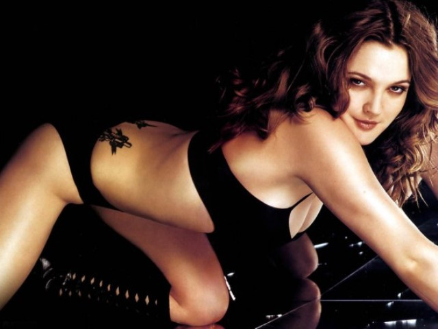 drew barrymore tattoo1