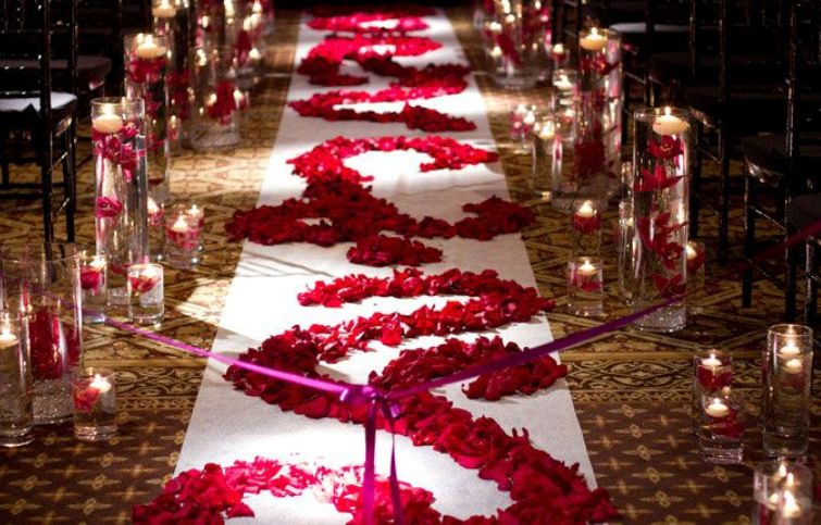red rose aisle