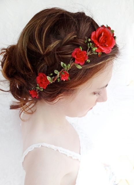 red rose hairstyle