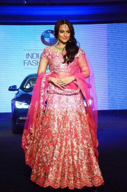 Sonakshi Sinha at India Bridal Fashion Week 2015