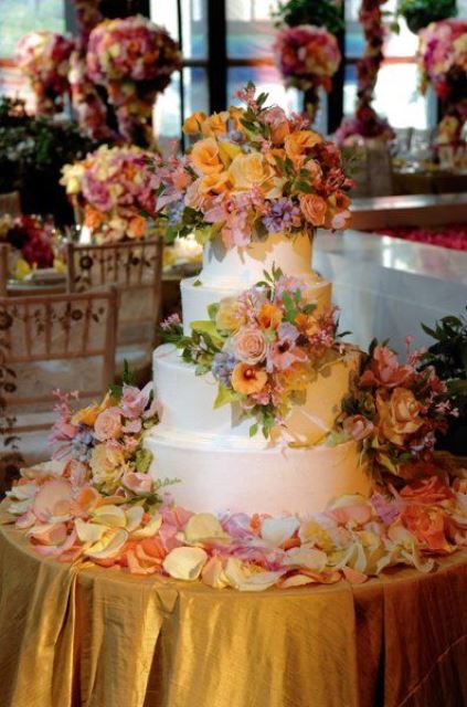 rustic flowers on the cake
