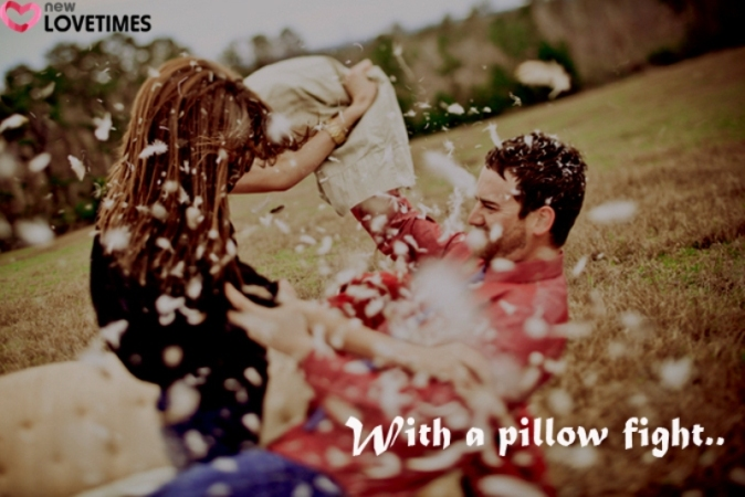 10 pillow fight 10