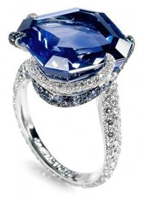 unique setting of sapphire and diamonds