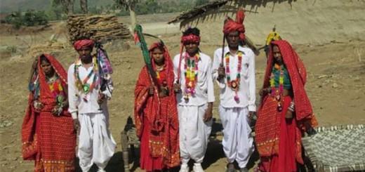 Naniya Garasia with family