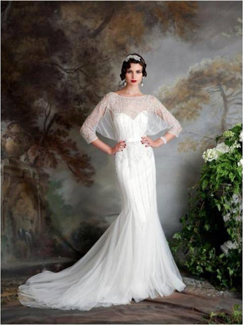 Vintage shawl sleeves on fitted wedding dress
