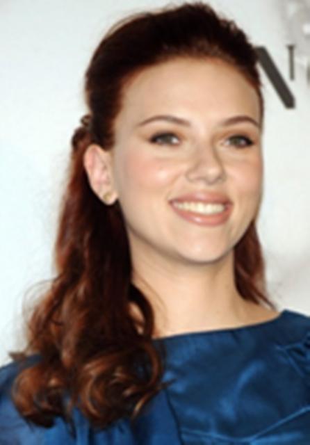 Scarlett-Johansson-Heart-Face-Shape