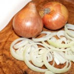 Amazing Benefits Of Onion Juice For Your Skin And Hair
