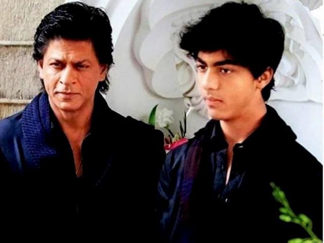shahrukh khan with son aryan khan