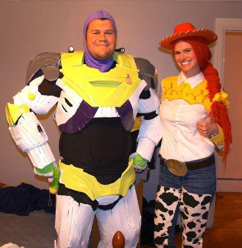 couple buzz lightyear and jessie